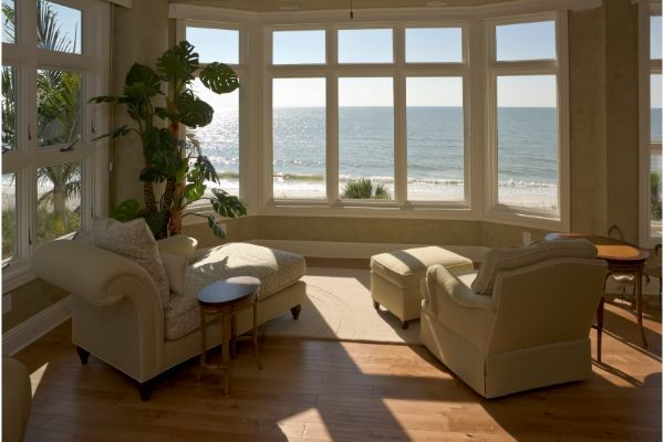 Buying a Vacation Luxury Home in the Palm Beach Area