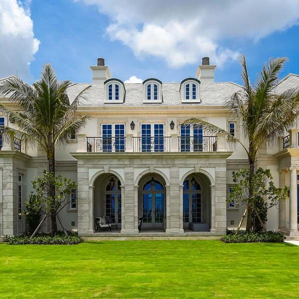 Coronavirus Florida: Is Palm Beach's Once-Booming Real Estate Market Starting to Recover?