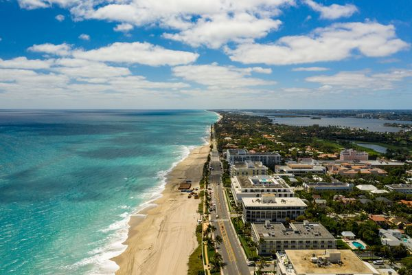 5 Reasons to Consider Buying Real Estate in Palm Beach Now