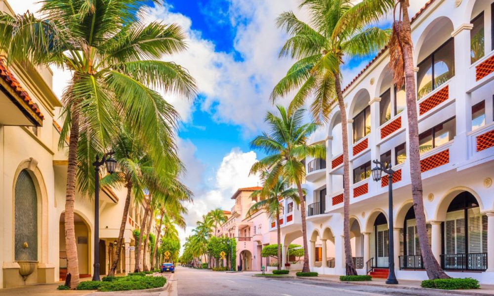 Where is President Trump looking to Buy in Palm Beach