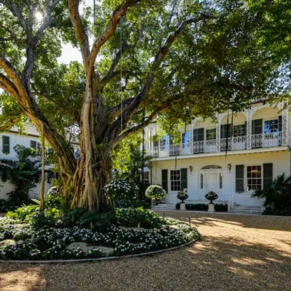 Landmarked Mansion Sells for $57M in Palm Beach's Estate Section